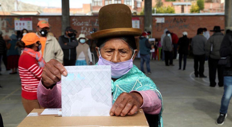 Vuelve la Democracia en Bolivia con un notable triunfo del MAS