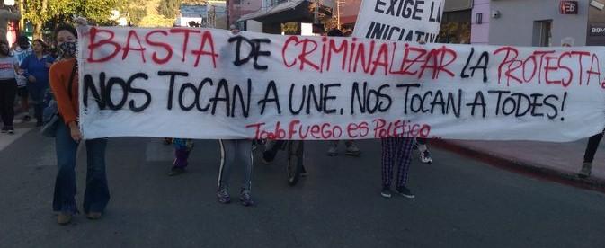 """CRIMINALIZACION DE LA PROTESTA. """"MOLESTOSAS"""" CAUSAS ARMADAS y """"UN POQUITO DE TANTA VERDAD"""""""